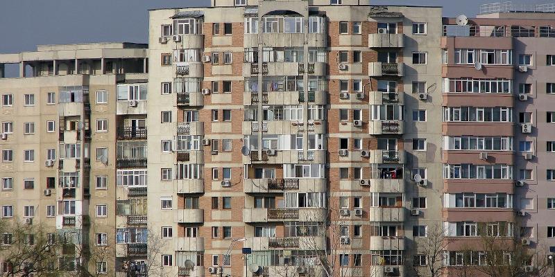 Ce orașe vor primi bani pentru reabilitarea termică a blocurilor