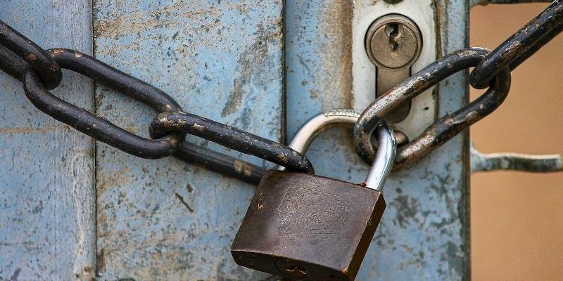 Revista Presei – 13 august 2020: Asociațiile de proprietari trebuie să deblocheze ușile secundare de acces