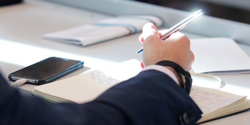Termenul pentru obținerea atestatului de administrator de condominiu rămâne 1 ianuarie