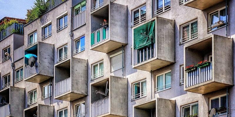 Proiect: Reguli noi pentru achiziționarea sau închirierea unei locuințe sociale