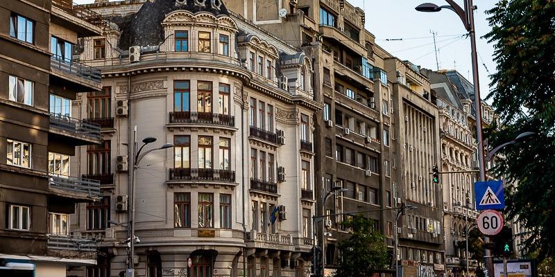 Apel pentru înființarea unei federații a asociațiilor de proprietari din clădirile cu risc seismic din București