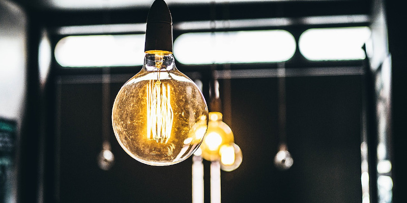 ANRE: Contractele la electricitate se vor putea încheia fără acte de proprietate